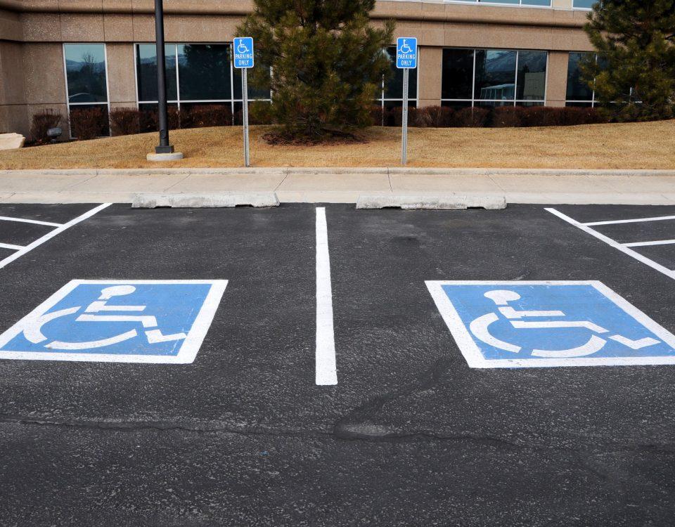 parcheggio-auto-disabili